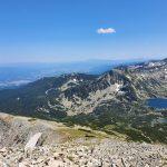 Гледа към връх Сиврия и Попско езеро