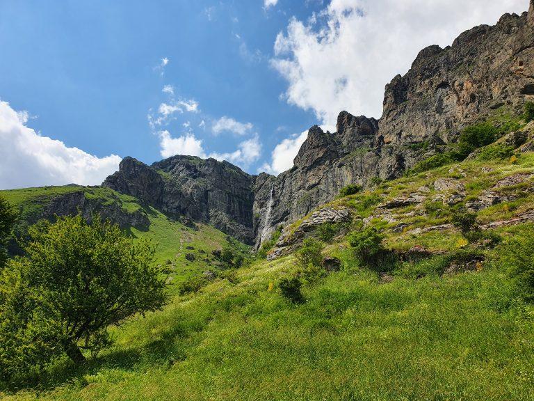 Водопад Райското пръскало в Стара Планина