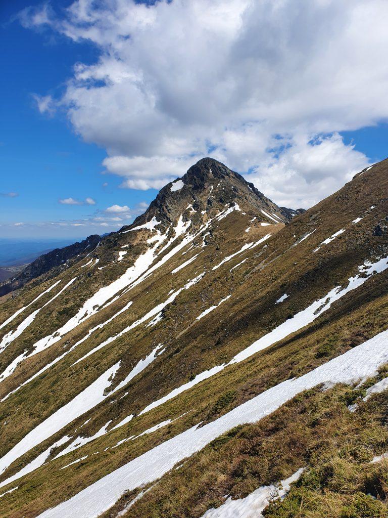 Връх Голям Купен в Стара Планина