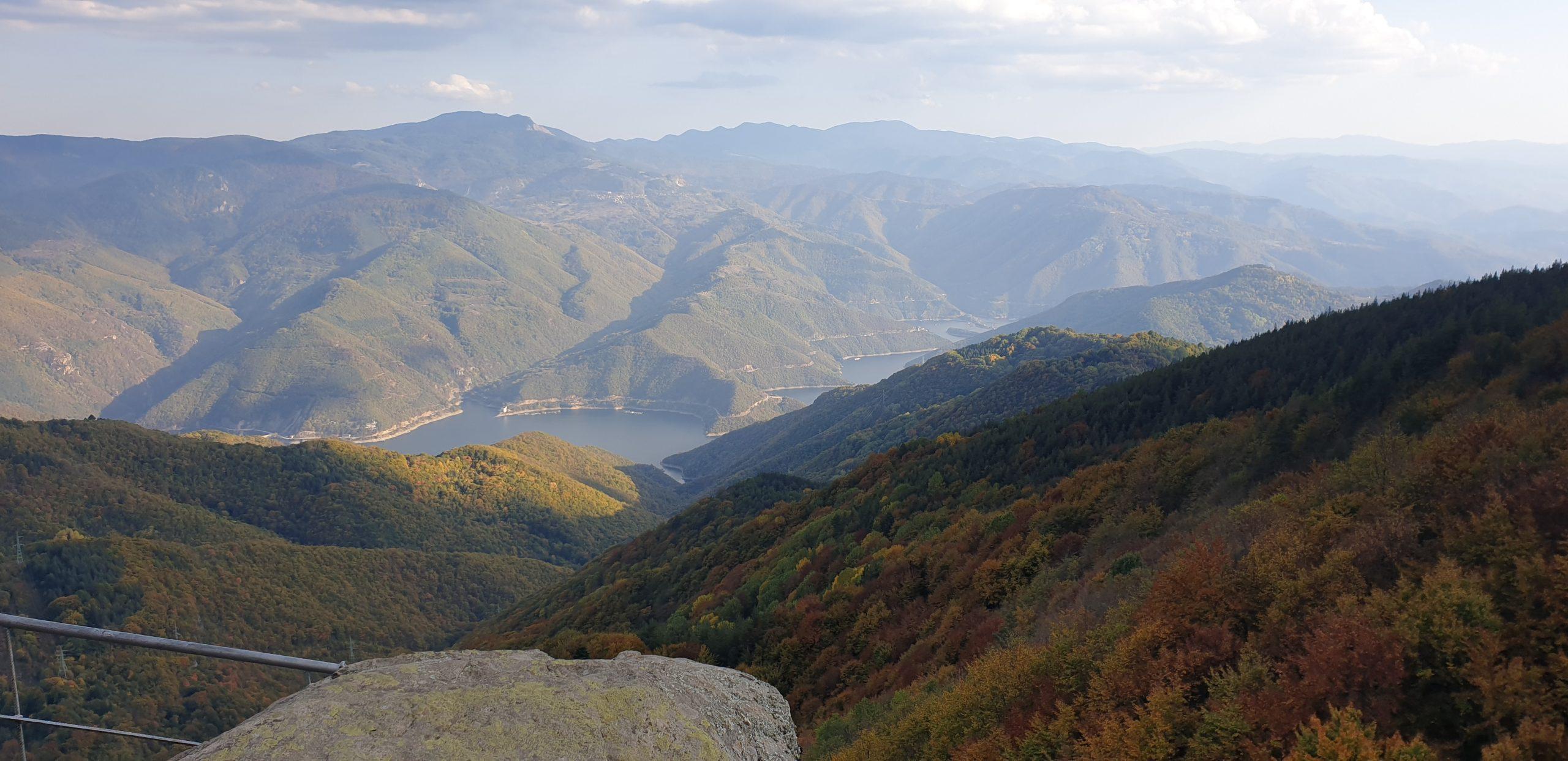 Панорамна гледка от Бекови Скали