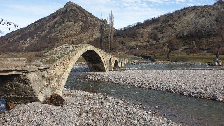 Римския мост до село Ненково в Родопите